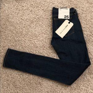 Rag & Bone - Skinny Jeans - Size 25 - NWT